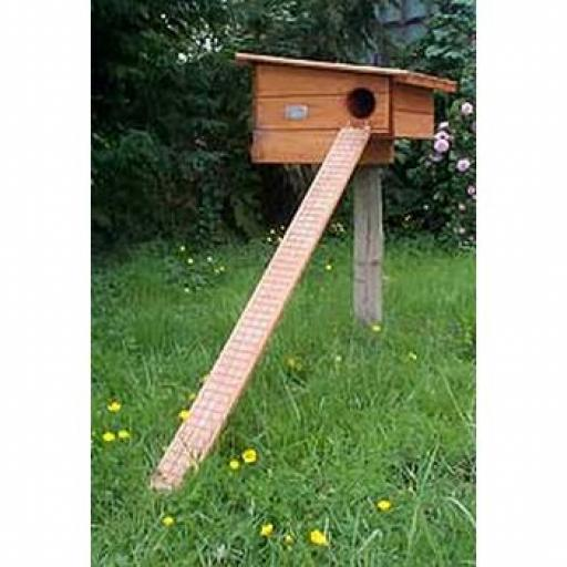Pole Duck Nest Box