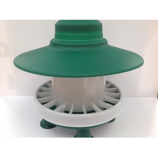 Green & white feeder with rain cover