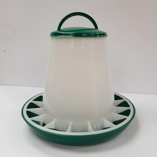 Feeder with lid 3kg