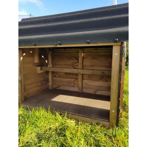 Cosy cabin 2.jpg